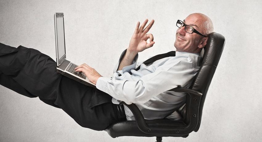 WETALENT blog afbeelding over: Voorkom of verhelp rugklachten! In 12 stappen naar de perfecte zithouding [INFOGRAPHIC]