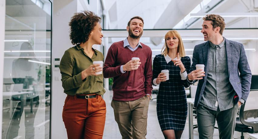 WETALENT blog afbeelding over: Koffie drinken op het werk? Voordelen vs nadelen